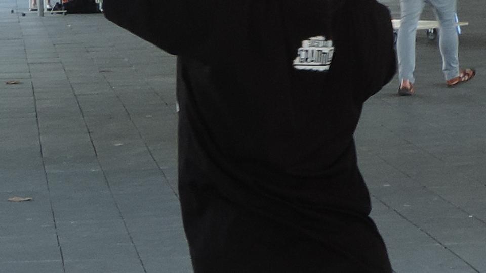 Kinder spielen Riesen-Jenga