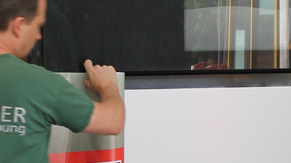 Imagekampagne_Busbeklebung_1